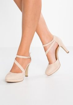 Boots are really stylish and there is wide choice from flat-heels to stilettos, wedges, and platforms, boots are whatever in between. High Heel Pumps, Nude High Heels, Nude Shoes, High Heel Boots, Pumps Heels, Heeled Boots, Shoe Boots, High Heels Outfit, Dress And Heels