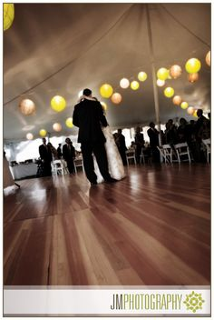 Wedding Photography at the Eisenhower House | Bride & Groom's First Dance | Rhode Island |