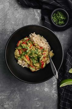 A flavorful vegan green bean curry made with a homemade green curry sauce and fresh summer green beans and peppers. A perfect dinner!