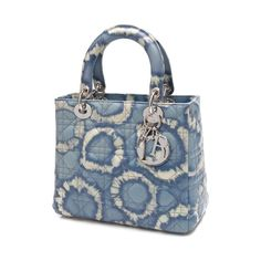 Pre-Owned Christian Dior Blue Tie Dye Cannage Quilted Lambskin Lady... (6,980 AED) ❤ liked on Polyvore featuring bags, handbags, pre owned purses, lambskin leather handbags, christian dior, quilted handbags and pre owned handbags