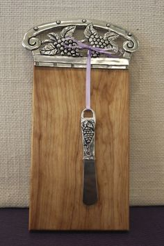 Basic Spirit Pewter and Wood Cheese board with matching spreader from Nan Gunnett & Co, Hummelstown, PA Wooden Cheese Board, Cheese Boards, Wine Art, Cork Crafts, Beautiful Kitchens, Decorative Items, Pewter, Spirit, Bar