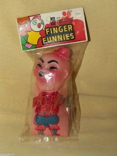FINGER PUPPET CELLULOID CHEMTOY CORP NO 8820 FUNNIES VINTAGE NEW OLD STOCK NOS