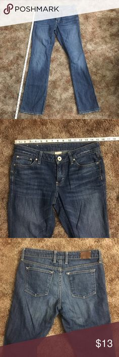 Banana Republic Jeans Size 27 Great Condition Banana Republic Jeans Size 27 (4th pic). They appear to be bootcut jeans. MY MEASUREMENTS are also featured in pictures. Please reference. I measured WAIST 30' (2nd pic). The OUTSEAM measures 41' in the first picture. The INSEAM measures 27' from crotch to cuff. The CUFFS open 17'. There are minimal signs of wear on the cuffs. No tears or scratches on the denim. Please message me with questions before purchasing! Thank you! 😊 Banana Republic…