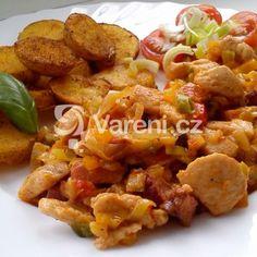 Fotografie receptu: Lehká kuřecí směs se zeleninou Pork, Chicken, Meat, Ethnic Recipes, Kale Stir Fry, Pork Chops, Cubs