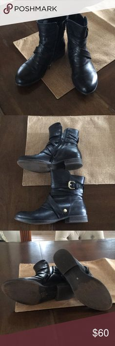 Lightly worn Miz Mooz boots size 8 black. Hardly worn, Moz Mooz black booties. Size 8 black with gold hardware. Great deal, super comfy! Miz Mooz Shoes Ankle Boots & Booties