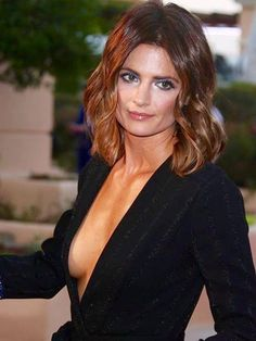 Basically just Castle & Stana Katic Vanessa, European Feel free to ask me anything :) Beautiful Women Over 50, Beautiful People, Canadian Actresses, Actors & Actresses, Stana Katic Hot, Actrices Sexy, Kate Beckett, Stunningly Beautiful, Beauty Women