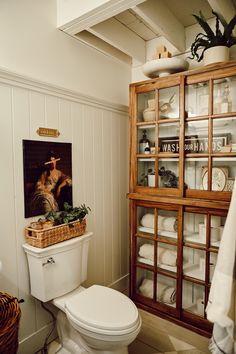Cozy Cottage Bathroom Refresh - Liz Marie Blog Cabin Bathrooms, Cozy Bathroom, Bathroom Renos, Small Bathroom, Master Bathroom, Bathroom Renovations, Farm House Bathroom, Small Cottage Bathrooms, Colorful Bathroom