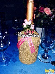 Decoração de garrafa para um aniversário www.facebook.com/kemeleventos