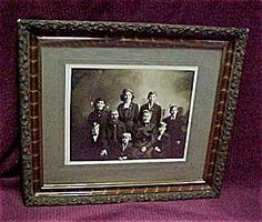 1900 Iowa Family Portrait, Pretty Frame!