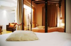 Short Term Vacation Rentals, Paris Apartment Rentals, Vacation Rental in Paris - evevillasParis