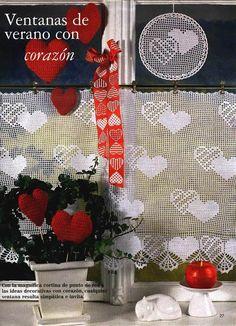 kalpli perde Crochet Curtains, Heart Patterns, Filet Crochet, Doilies, Advent Calendar, Christmas Stockings, Mandala, Projects To Try, Cross Stitch