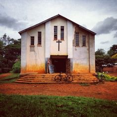 Sunday service at a Catholic church in Kabanga, Tanzania. Photo: Stephanie Sinclair.