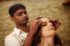 Head massage is an important therapy in Ayurveda. It stimulates important nerve centers and relieves tension and stress from the body. Oil is applied to the scalp using gentle massage with wavy and circular motions. The temples, ears, forehead, eyebrows and neck are then massaged thoroughly. It is repeated several times.   Benefits: Relieves eye strain, headaches, sinusitis, congestion, insomnia, stress, anxiety, mental tension and physical strain; Improves blood circulation to head and…
