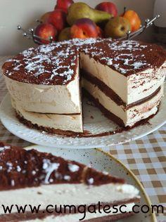 Negresa glazurata cu ciocolata (brownies)   Cum Gatesc Brownies, Ethnic Recipes, Food, Pies, Cake Brownies, Essen, Meals, Yemek, Eten