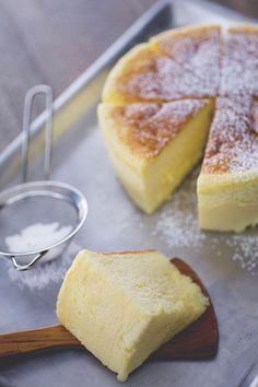 Lasciatevi conquistare anche voi dalla cheesecake giapponese, un dolce del Sol Levante delicato, soffice e scioglievole... proprio come una nuvola! (japan cotton cheesecake)