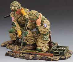 World War II U.S. 82nd Airborne ATW001A 60mm Mortar Team - Made by Thomas Gunn Military Miniatures and Models. Factory made, hand assembled, painted and boxed in a padded decorative box. Excellent gift for the enthusiast.