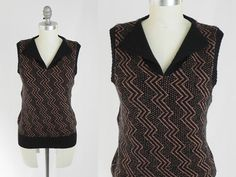 Vintage 70s Lightning Bolt Top - Pullover Wool Knit Sweater Vest w/ Gold Zig Zag Pattern by Paige One - Size Medium M