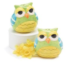 Whimsical Owl Salt and Pepper Shakers Adorable Kitchen Decor ** You can find out more details at the link of the image. Owl Kitchen, Shaker Kitchen, Kitchen Utensils, Kitchen Gadgets, Kitchen Themes, Kitchen Decor, Kitchen Dining, Kitchen Supplies, Kitchen Gifts