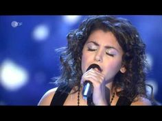 """Katie Melua - """"Thank you, Stars"""" (Live) Katie Melua, Famous Singers, Kinds Of Music, Music Artists, Pop Culture, Music Videos, Musicals, Singing, Blues"""
