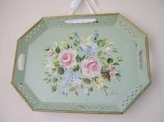 vintage tole tray soft and pretty.I've found a few on line sort of like this… Painted Trays, Hand Painted, Estilo Shabby Chic, Tea Tray, Tole Painting, Metallic Paint, Vintage Love, Retro, Floral