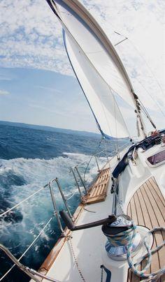 Pinterest • MyGoldenDream #BoatingLife