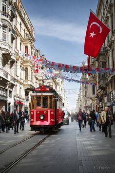 - Travel tips - Travel tour - travel ideas Istanbul Tours, Istanbul City, Istanbul Travel, Turkey Vacation, Turkey Travel, Places To Travel, Places To See, Turkey Resorts, Turkey Culture