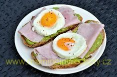 Chléb s vejcem a avokádem Eggs, Breakfast, Food, Breakfast Cafe, Egg, Essen, Yemek, Meals, Egg As Food