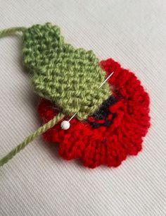 Handmade Knitted Poppy Wavy Sewing Leaf Fitting in Knitting Children Craft Ideas Knitted Poppy Free Pattern, Leaf Knitting Pattern, Knitted Flower Pattern, Knitted Poppies, Knitted Flowers, Knitting Patterns Free, Flower Patterns, Knit Patterns, Free Knitting