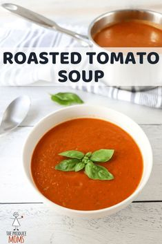 Roasted Tomato Soup | Packed with flavor. Grab this dinner recipe and have a creamy, and flavorful soup today. | The Produce Moms Roasted Tomato Soup, Roasted Tomatoes, Tomato Soups, Healthy Soup Recipes, Vegetarian Recipes, Easy Recipes, Bowl Of Soup, Soups And Stews, Quick Easy Meals