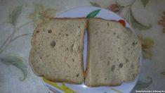 Gépi kenyér világos kenyér lisztkeverékből - Gépi kenyér Szafi világos kenyér lisztkeverékből #kenyér #kenyérsütő #szafi #világoskenyérliszt #expresszliszt #élesztő #citromlé Bread, Food, Meal, Essen, Hoods, Breads, Meals, Sandwich Loaf, Eten