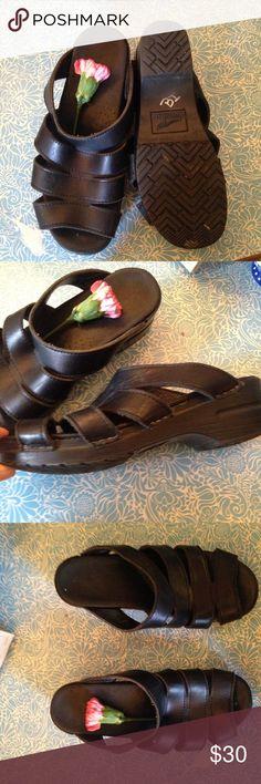 Dansko sandals good condition Dansko sandals Dansko Shoes Sandals