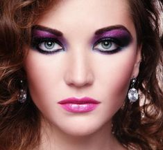 My costumer like attractive make-up style