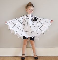 Each of these adorable last minute Halloween costumes require uses just one homemade piece that requires no sewing. Add in pants and a shirt for an easy Halloween costume. Toddler Spider Costume, Spider Web Costume, Disfarces Halloween, Homemade Halloween Costumes, Spider Halloween Costume, Halloween Couples, Toddler Halloween Costumes, Family Halloween, Easy Book Week Costumes