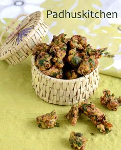 Palak Pakoda/pakora is a delicious and crispy snack prepared with spinach leaves. It is very easy to prepare and can be served as a starter or as a tea time snack..