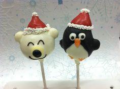 Polar bear and penguin christmas cake pops | flourandsunbakery.com  #cakepop