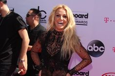 Britney Spears kündigt ihr neues Album an.