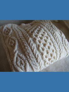 Pull Irlandais Tradition laine tricoté à la main