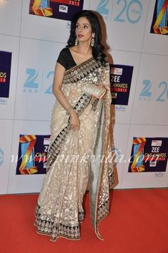 Sridevi and Boney Kapoor at the Zee Cine Awards 2013 | PINKVILLA