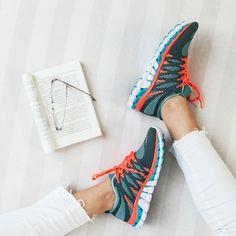 Zapatilla para mujer Olympikus STYLE. Conseguila en Nuestra Tienda Sport78. Art: 271298PISPEL #zapatillas #mujer #olympikus #style #argentina #ecommerce #eshop #shoppingonline #digitalsport