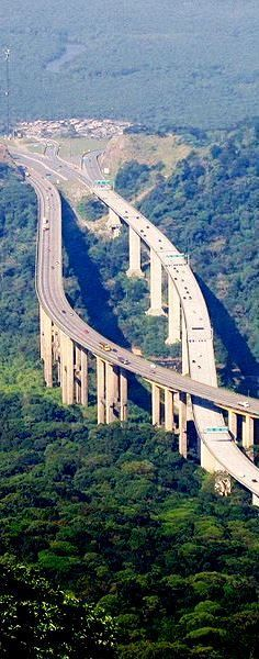 A Highway that links São Paulo to the Coast,Brazil