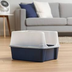 The IRIS Cat Litter Box with Shield and Scoop has extra-tall walls on three sides to help contain litter and spray while keeping dirt out. The high-polished interior surfaces and included cat litter scoop make the litter box easy to clean. Jumbo Litter Box, Hooded Litter Box, Best Litter Box, Outdoor Cat Playpen, Litter Box Enclosure, Enclosed Litter Box, Litter Pan, Cat Toilet Training, Litter Box Covers