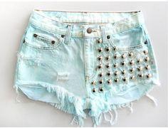 ANY Size ANY Colorway x High-Waisted Aztec Frayed Denim Shorts from NateHandmade on Etsy. Daily Fashion, Blue Fashion, Teen Fashion, Hipster Fashion, Style Fashion, Studded Shorts, Studded Denim, Cute Shorts, Denim Shorts