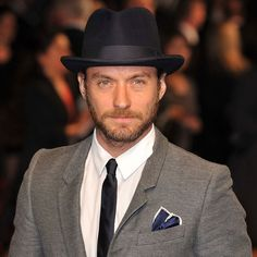 Jude Law, Handsome Man, Great Photos, Style Ideas, Suits, My Style, Fashion, Moda, Man Candy Monday