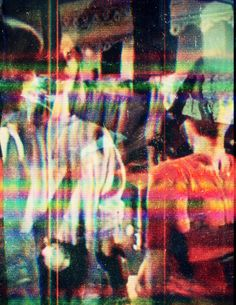 art, music and nature. light and colors in my eyes. Distorted Images, Back In The 90s, Glitch Art, Retro Futurism, Distortion, Psychedelic Art, Trippy, Aesthetic Pictures, Art Inspo