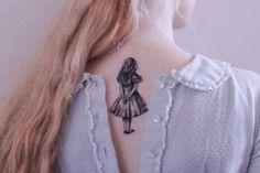 Tatuagens Inspiradas em Alice no País das Maravilhas | Beauty Rock