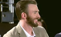 """gorgeousevans: """"literally had to make these, he looks so angelic here. """" Such a beautiful babe😍😍 Chris Evans, Baby Daddy, Baby Boy, Twilight Movie, San Diego Comic Con, Cbt, Steve Rogers, Actor Model, Marvel Universe"""