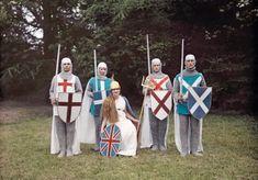 1928年(昭和3年)にイギリス・イングランドの色々な場所を周って撮影されたカラー写真です。80年以上も前の牧歌的な雰囲気が残るイングランドの風景や人々が記録されています。これらの写真は1920年代の終わりか...