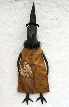 Free Primitive Doll Patterns | Free Stuffed Crow Pattern | Primitive Crow Doll in a ... | animal dol ...