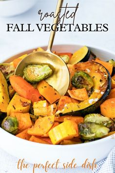Vegetable Crisps, Vegetable Side Dishes, Vegetable Recipes, Roasted Fall Vegetables, Root Vegetables, Veggies, Pressure Cooker Mashed Potatoes, Easy Gravy Recipe, Easy Cranberry Sauce