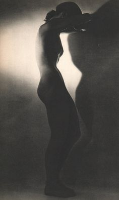 "vivipiuomeno1: ""  Martin Munkacsi ph. - Nude Standing, 1951, Sheet-fed Copperplate Gravure """